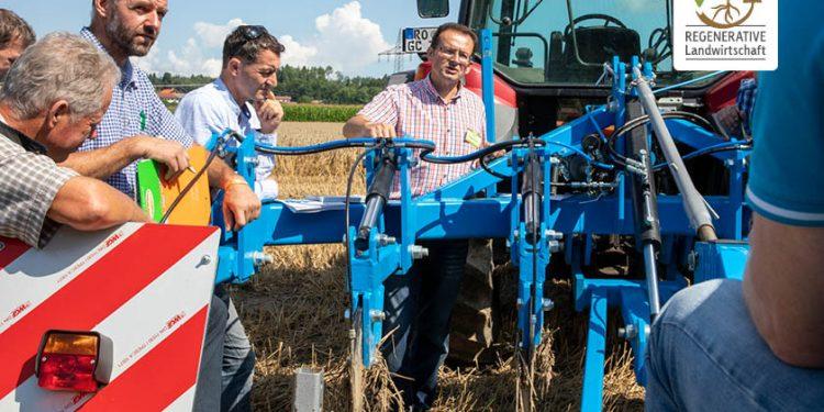 Auflösung von Bodenverdichtungen im Acker