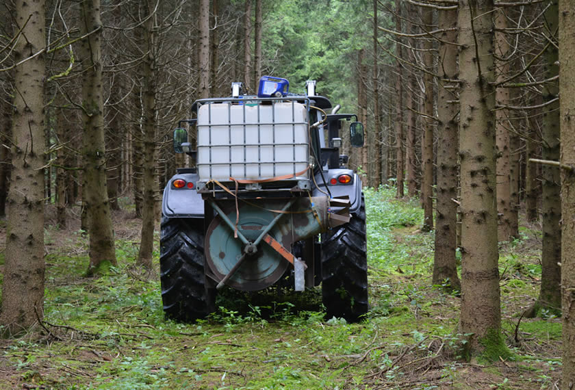 EM-im-Wald-ausbringen-EM-Chiemgau-1