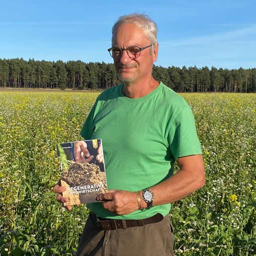 Buch_Regenerative-Landwirtschaft-mit-Autor-Dietmar-Näser_EM-Chiemgau